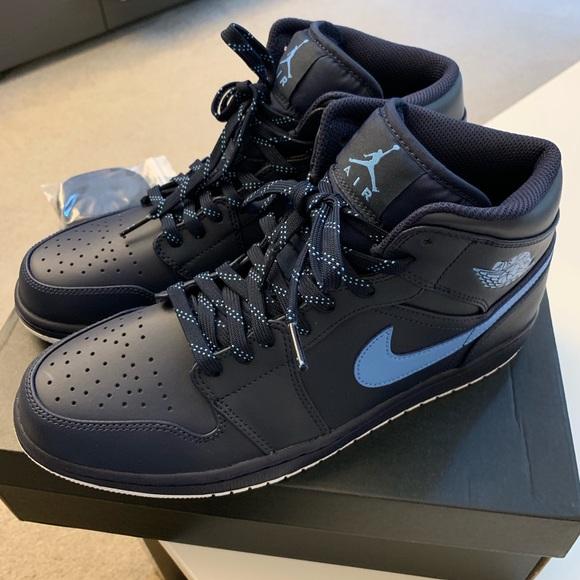 Mens AIR JORDAN 1 MID Sneakers- 10.5/Obsidian Blue